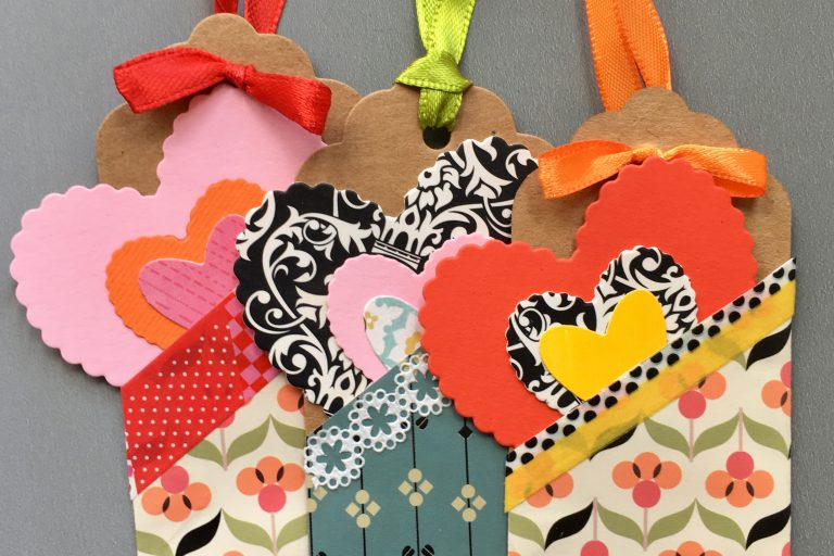 Easy to make pocketed gift tags