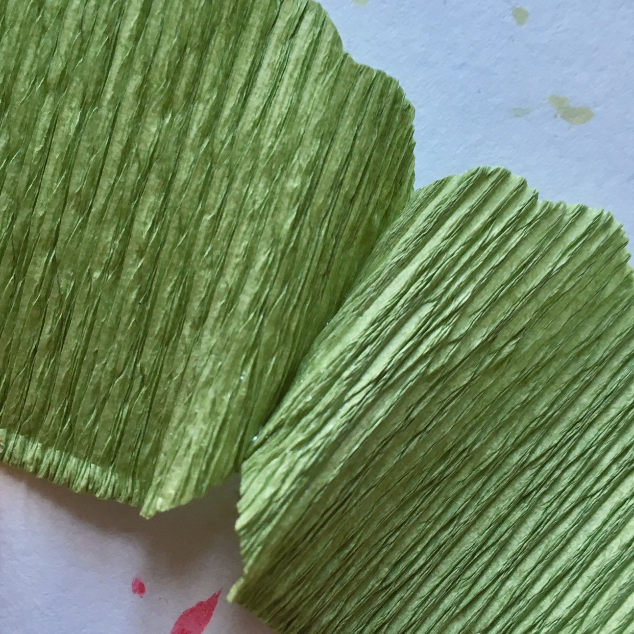 how to glue together the leaf parts
