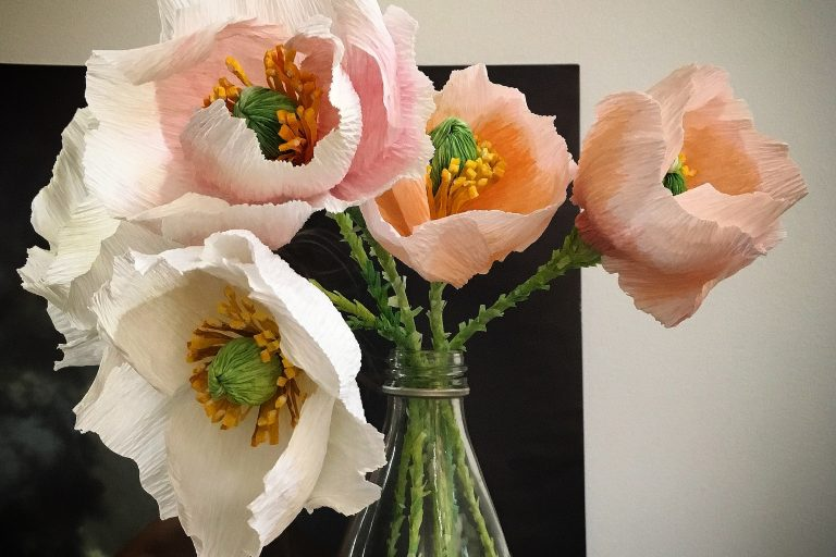 Crepe paper Iceland poppy – are you ready to try?