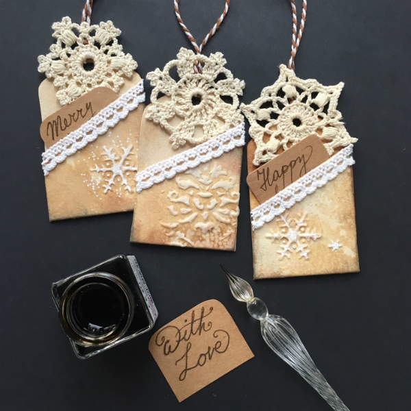 Easy Christmas pocketed gift tags