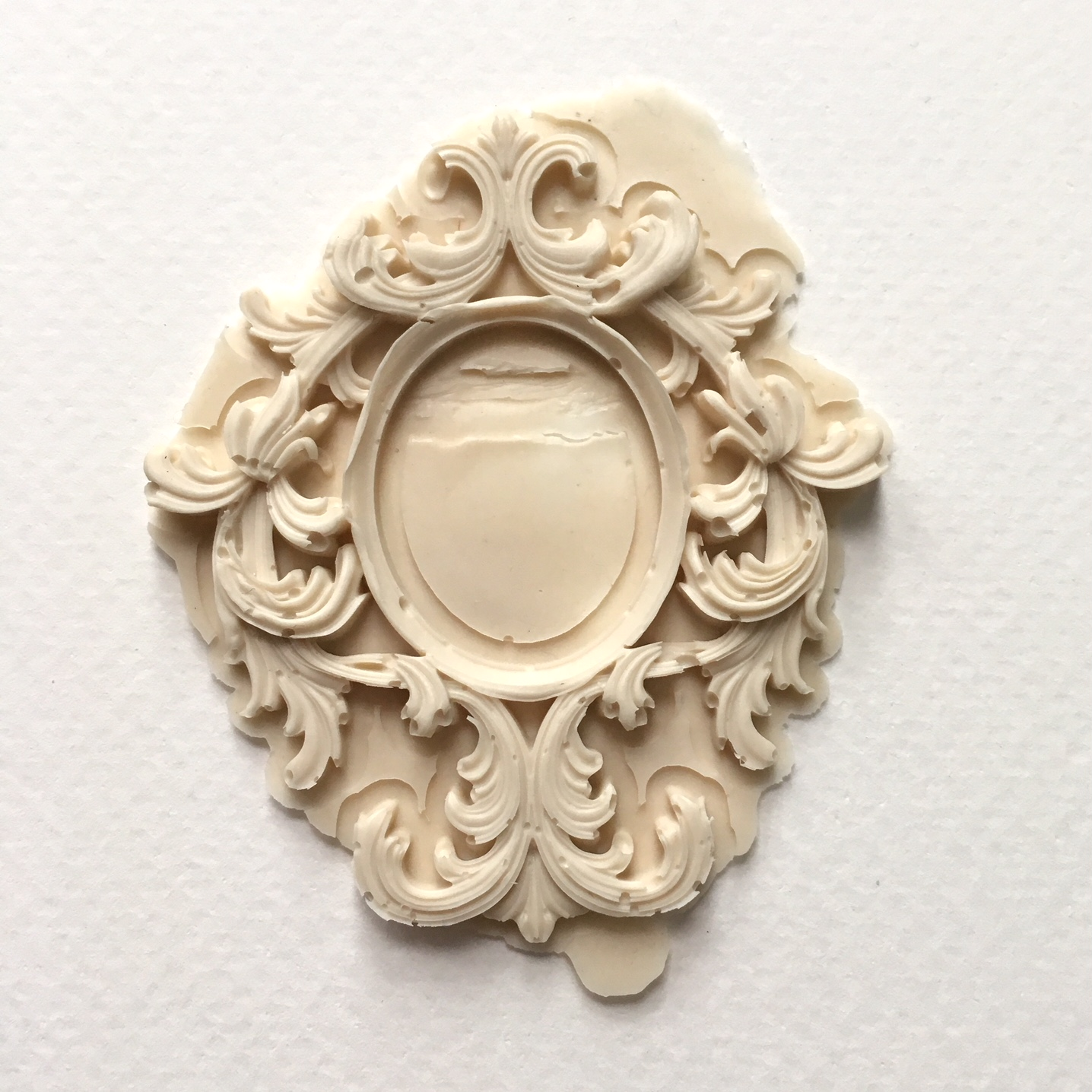 molded frame element
