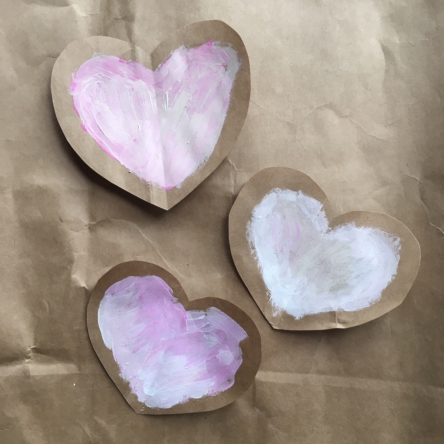 brown bag paper hearts - colouring the middle area