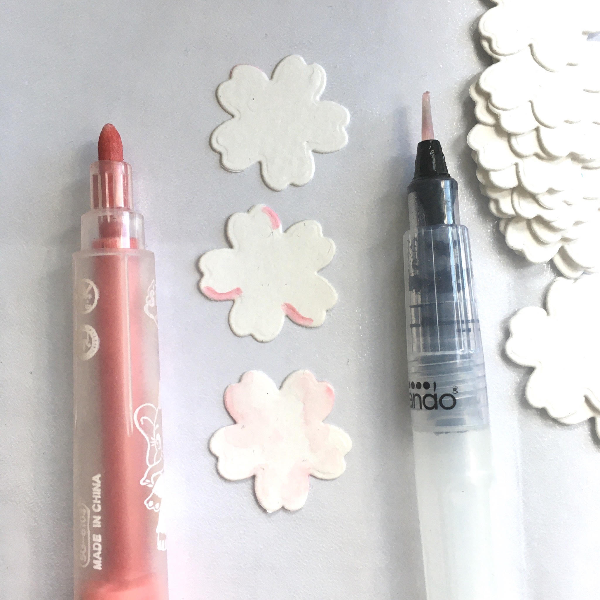 how to make spring blossom from paper
