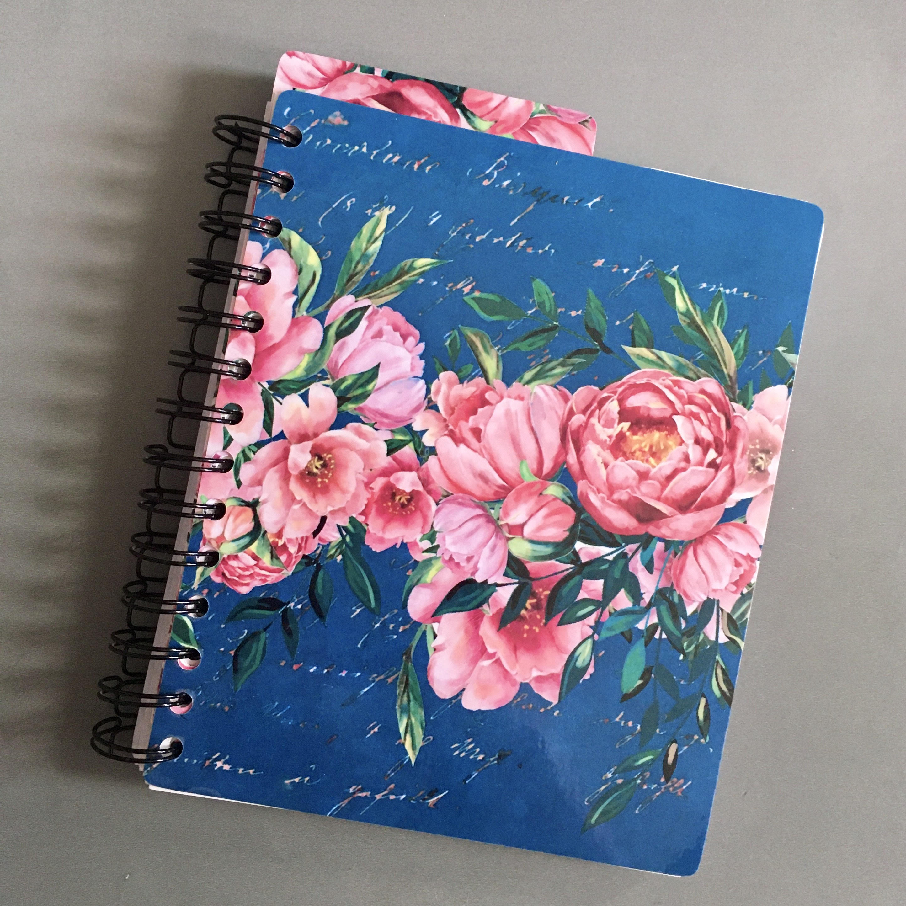 Girly Life planner with roses